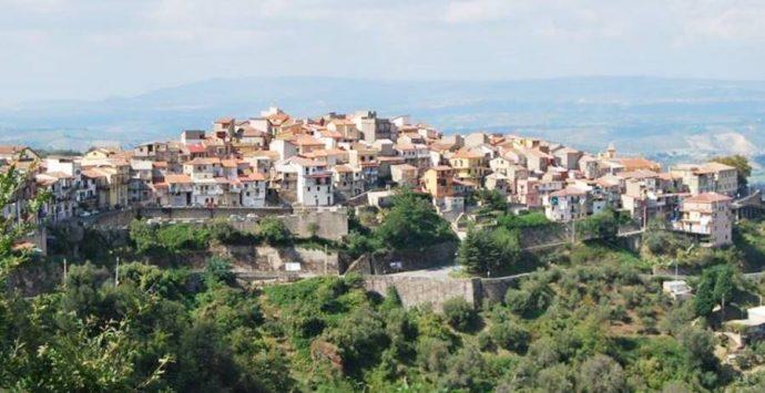 Covid, nuova vittima nel Vibonese: deceduto 75enne di Arena
