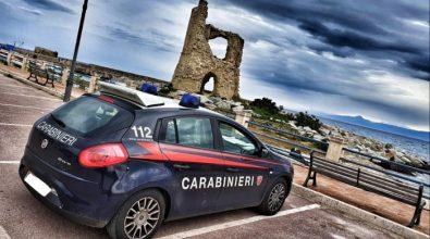 """Briatico, il """"buongiorno"""" social dei carabinieri sotto la torretta diventa virale"""