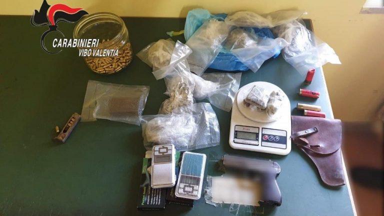 Armi e centinaia di munizioni, arrestato 19enne di Limbadi