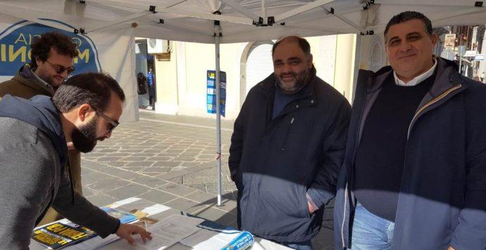 Vibo, Fratelli d'Italia raccoglie firme e guarda alle regionali