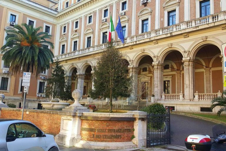 Interventi infrastrutturali, dal Mit 380mila euro per due Comuni vibonesi