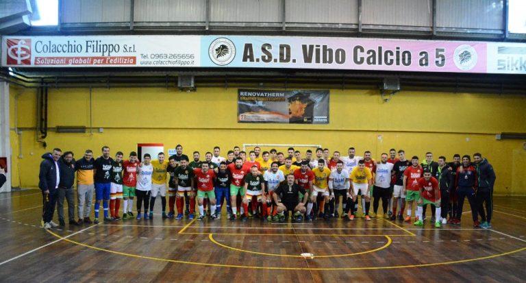 """""""Futsal sotto l'albero"""", la Vibo Calcio a 5 vince il quadrangolare"""
