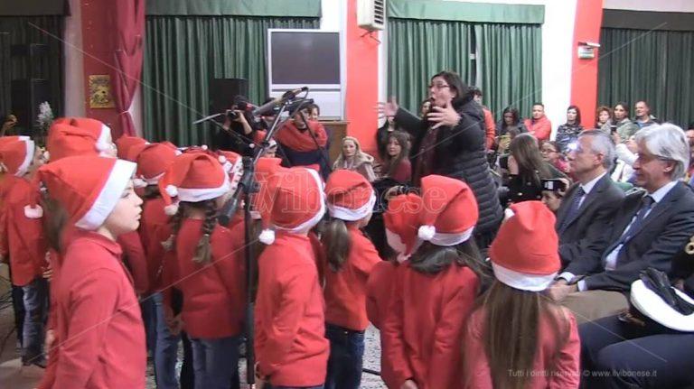 Concerto di Natale al Vespucci di Vibo Marina: note contro lo spreco alimentare – Video