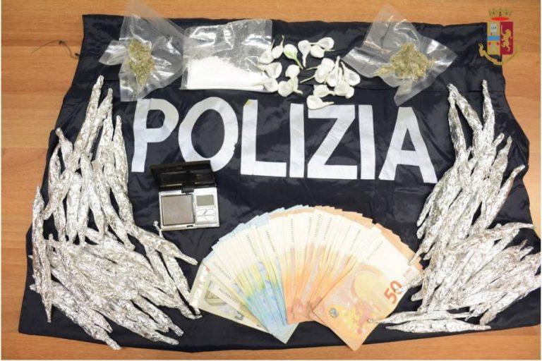 Vende droga a un minorenne, spacciatore arrestato a Tropea