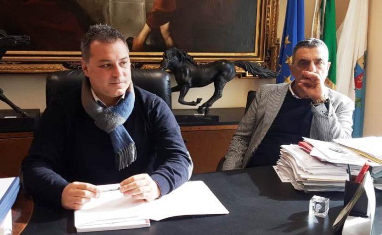 Intimidazione a Mario Ientile, la vicinanza del presidente della Provincia di Vibo