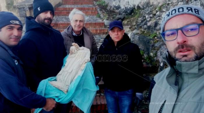 Briatico, lo scultore Gaudioso pronto a restaurare la Madonnina decapitata