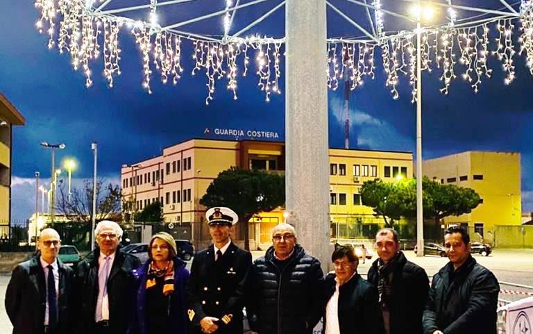 Vibo Marina, un albero di Natale auspicio di rinascita economica