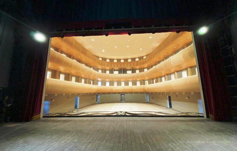 Il teatro comunale simbolo della rinascita culturale di Vibo Valentia
