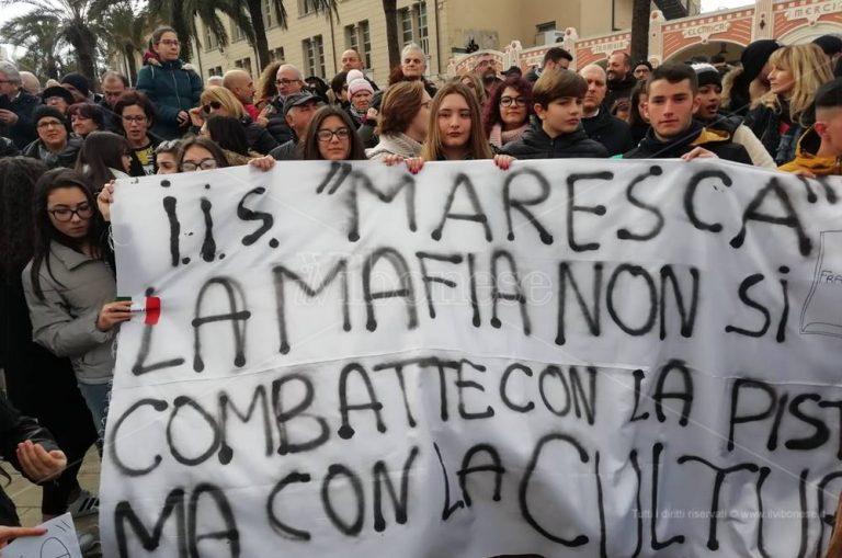 Tutti con Gratteri, il procuratore ai manifestanti: «È il risveglio delle coscienze» – Video