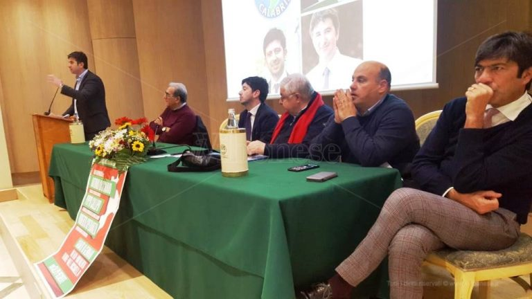 Vibo, il ministro Speranza al fianco di Lo Schiavo: «Votate gente come lui» – Video