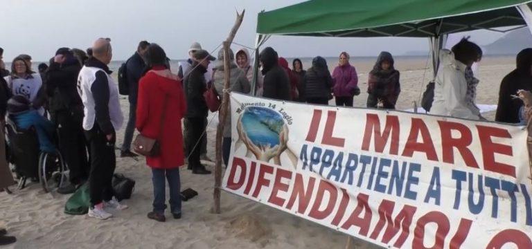 """""""Salviamo i pesci del fiume Mesima"""", flash mob del Wwf – Video"""