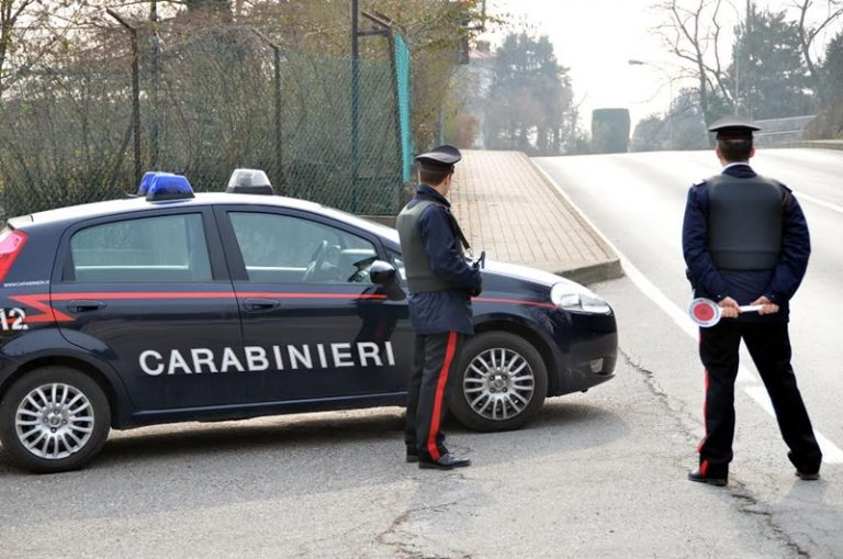 Furgone contro scooter a Pizzo, pirata della strada identificato