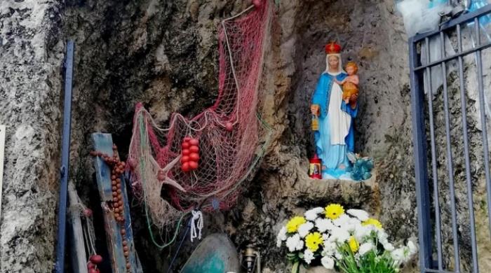 """La """"Madonnina decapitata"""" di Briatico torna nella nicchia dopo il restauro"""