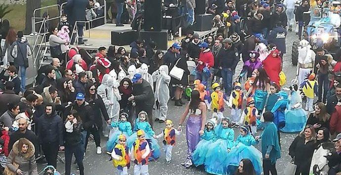 Il Carnevale miletese si conferma grande festa di colori e allegria – Foto