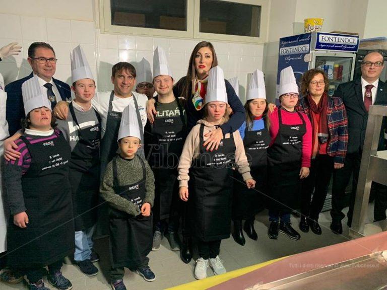 I ragazzi con sindrome di down chef stellati per una notte – Foto/Video