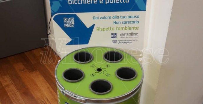 """""""Rivending"""", parte da Vibo la sfida """"rifiuti zero"""" nei distributori automatici – Foto/Video"""