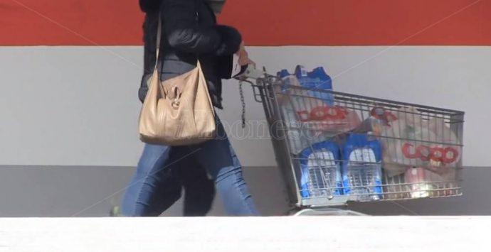 Zungri, nuovi buoni spesa Covid per le famiglie in difficoltà: il Comune impegna 14mila euro