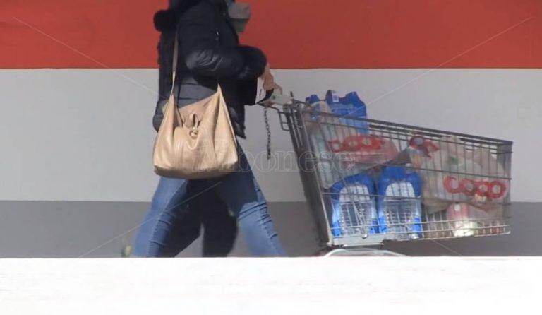 Psicosi Coronavirus, anche a Vibo è assalto agli scaffali – Video
