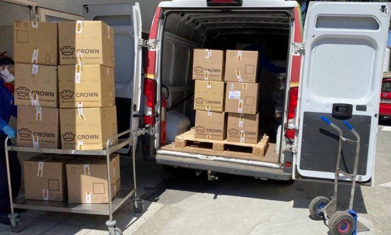 Vibo, 400 cesti pasquali in dono a medici e infermieri dell'ospedale
