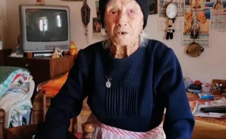 Nonna Lettera compie 100 anni, ma a San Costantino la festa è solo rimandata – Video