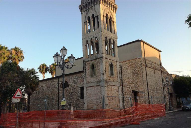 Tutto pronto a Mileto per il restauro del campanile de La Cattolica