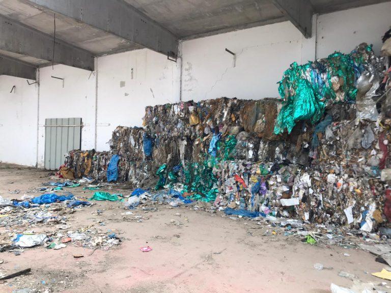 Capannone dei veleni a Porto Salvo, il Pd: «Superficiale l'atteggiamento del Comune»