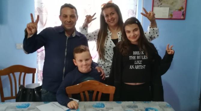 La solidarietà non si ferma: nuovi aiuti da tutta Italia per Giacomo e i suoi bambini – Video