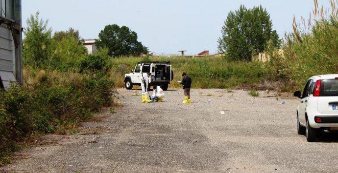 Dalle ecoballe al suolo radioattivo: gli interrogativi sul sito sequestrato – Foto