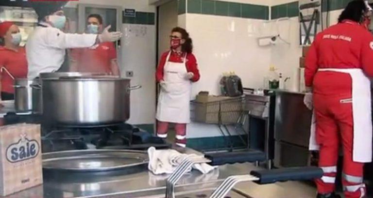 Vibonese calcio e chef stellati insieme per le famiglie bisognose – Video