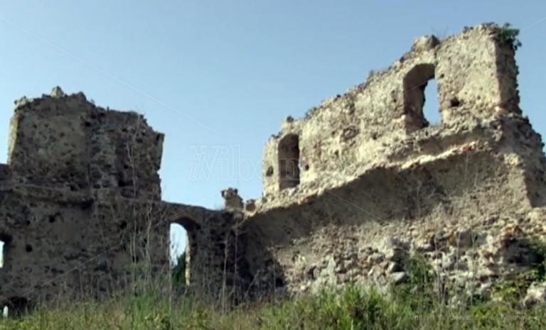 Castello di Bivona, l'operazione pulizia e il rischio di un nuovo oblio – Video