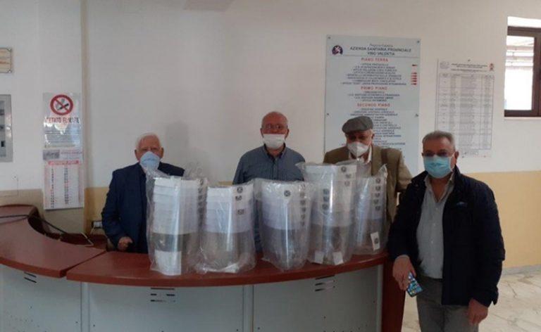 Il Kiwanis dona delle visiere al personale sanitario del carcere di Vibo