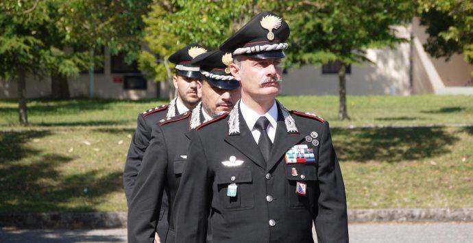Carabinieri, il generale Paterna assegna gli encomi ai militari vibonesi – Foto-Video