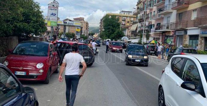 Auto contro scooter, nuovo incidente su via Nazionale a Pizzo – Foto