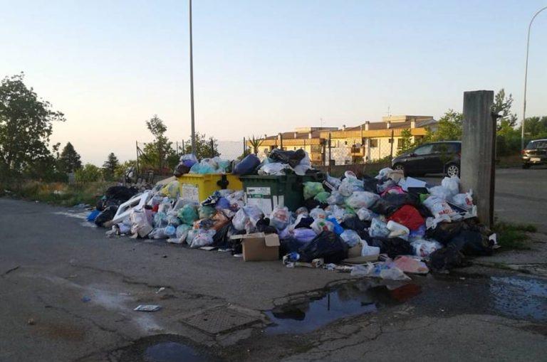 Rifiuti, D'Ippolito e Parentela: «Proteste legittime, Santelli convochi tavolo istituzionale»