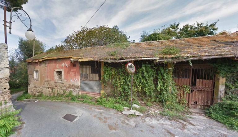 Rudere in vendita a Vibo, Solano: «Area non soggetta a vincoli, procedure cristalline»