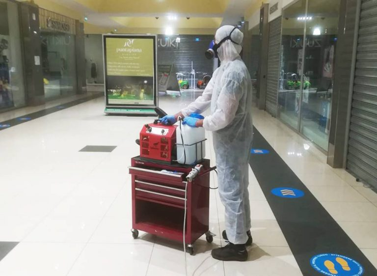 Coronavirus Vibo center, l'Asp: «Chi si è recato nei due negozi ci contatti»