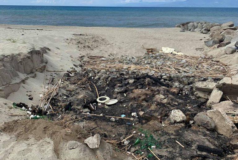 Pulizia spiagge e torrenti, Trainiti ignorata: «Qui rischiamo nuovi disastri»