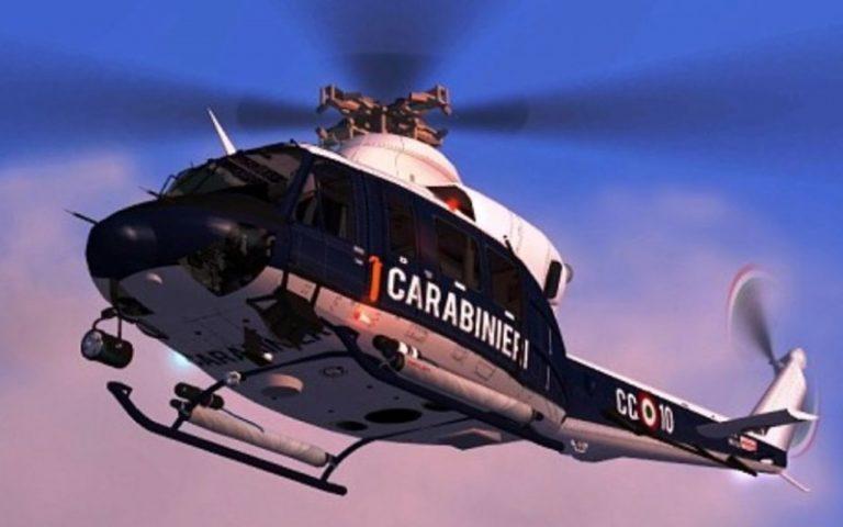 Il sogno di due bimbi si avvera: in volo sull'elicottero