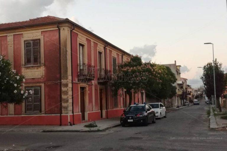 Mileto, effrazione in casa dell'anziana morta in solitudine: indagano i carabinieri
