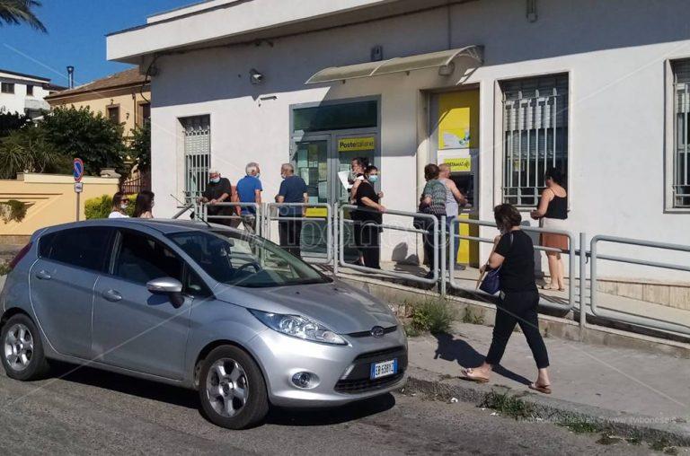 Mileto, manca eliminacode esterno: disagi all'ufficio postale
