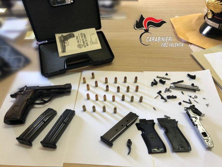 Armi e munizioni in casa, un arresto a Sant'Onofrio