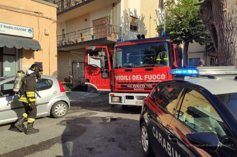 Incendio in un bar nel centro di Tropea, panico tra i presenti