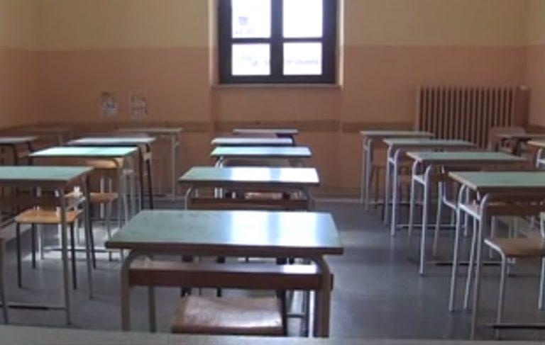 Sorianello, il sindaco Cannatelli proroga la chiusura delle scuole