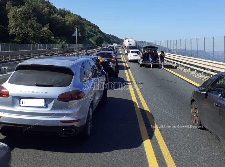 Incidente in autostrada nei pressi di Sant'Onofrio, due i feriti