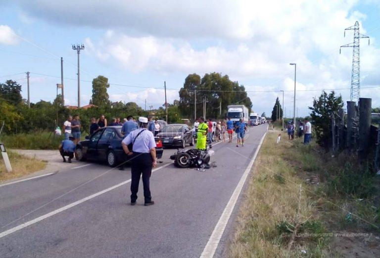 Incidente sulla Statale 18 a Pizzo, centauro in elisoccorso a Catanzaro – Video