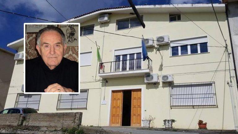 «Chi assiste i contagiati a Joppolo»? Appello dell'ex sindaco Vecchio al Comune