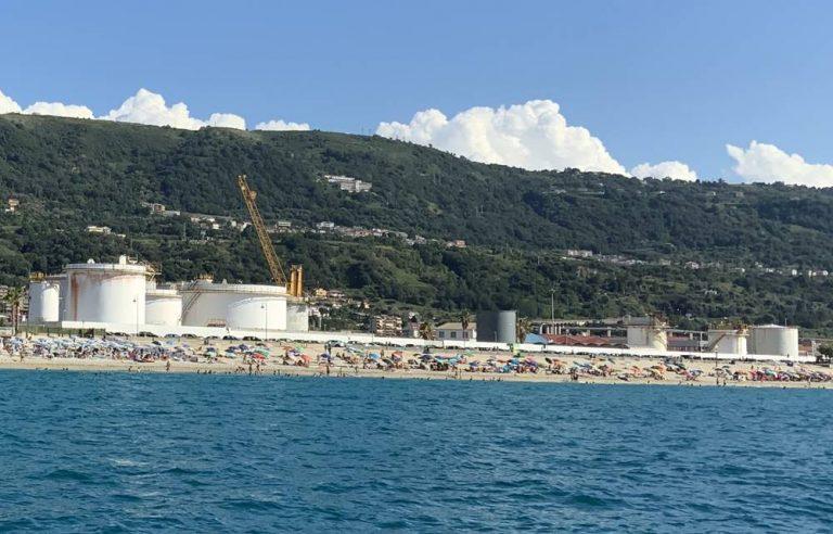 Depositi costieri a Vibo Marina, c'è una mozione per la delocalizzazione