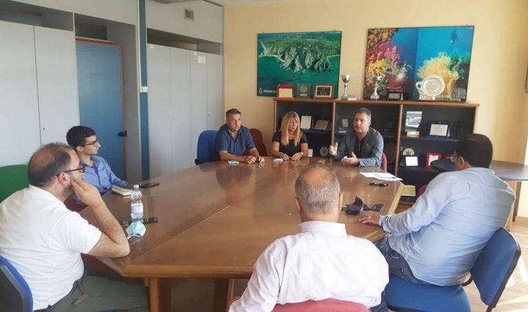 Il ministro Provenzano a Vibo, delegazione dem dal presidente della Provincia