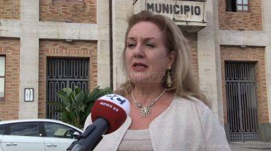 Comune di Vibo, salta un altro assessore: Franca Falduto cede il passo a Rosamaria Santacaterina