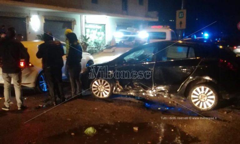 Due incidenti stradali a Mileto, feriti soccorsi dall'ambulanza